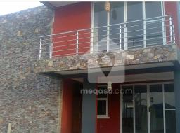 3 bedroom house for rent at Trade Fair, Labadi