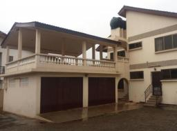 8 bedroom house for rent at Tema Community 20