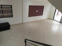 3 bedroom apartment for rent at Oyarifa